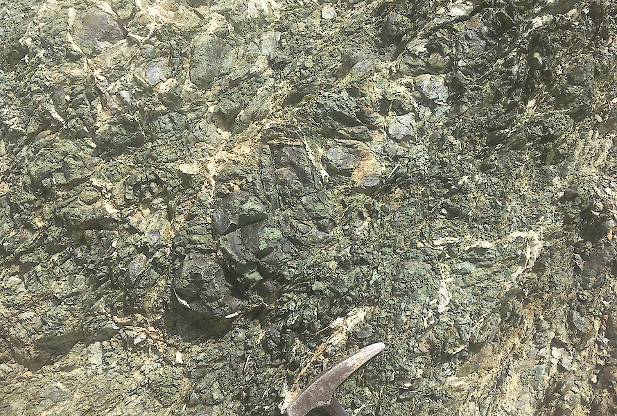 Snake-skin texture of serpentinite