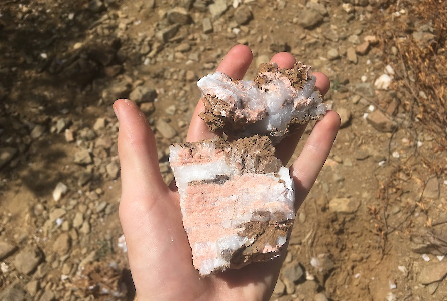 K-feldspar in quartz